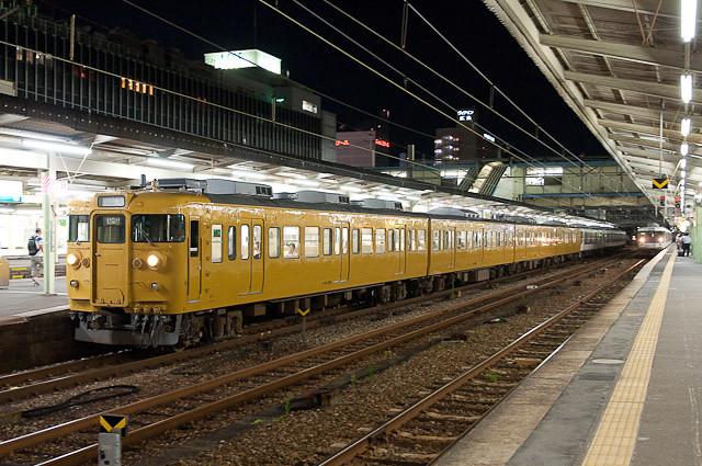 JR西日本115系 セキG-02編成