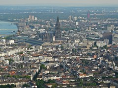 Flight over Cologne (Neuwieser) Tags: above eye station birds de photography photo photographie view cathedral image maria air main elmo central picture catedral cologne railway kln aerial cathdrale peter hauptbahnhof photograph cupola dome colonia duomo rhine rhein hbf birdseye vues hohe prise luftbild cattedrale arienne vogelperspektive luftaufnahme klner domkirche aerophoto luftbildaufnahme luftbildfotografie sanktt