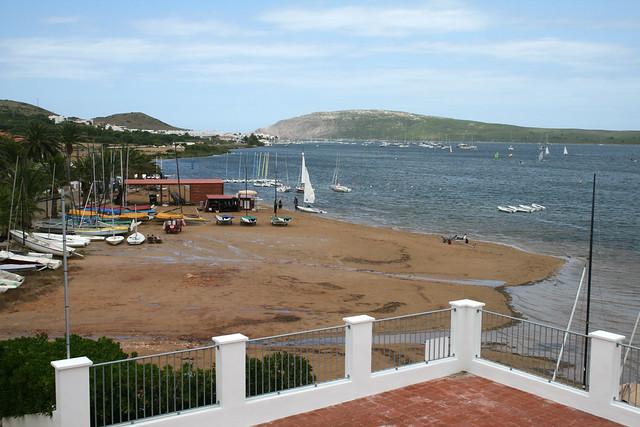 Pequeña playa de Fornells