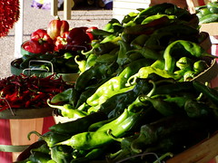Green chile in baskets (Sichler Farms) Tags: newmexico produce greenchile sichlerfarms sichlers