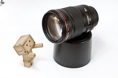 I want this lens !!! (Abdulkreem Al-delaigan | ) Tags: photography stilllive 2010 danbo canonef2470mmf28l  canoneos50d canon50d canonef135mmf20l danboard abdulkreemaldelaigan    abdulkreem aldelaigan