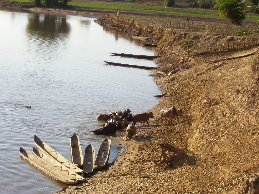 Boats pulled ashore near Kontum