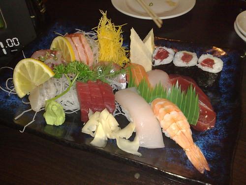 sushi & sashimi chef's special platter