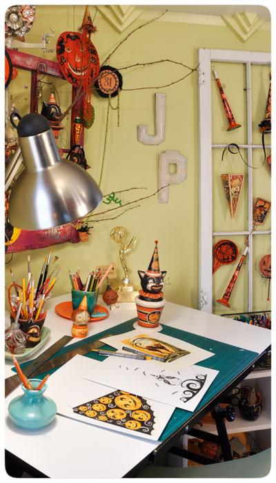 Johanna-Parker-Studio-desk