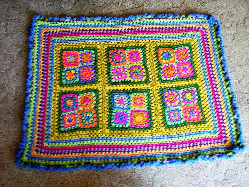Beginner Crochet Tablecloth Patterns : FREE CROCHETED TABLECLOTH PATTERNS