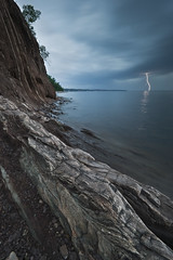 Lucky Strike (Northwoods Photos) Tags: summer sky storm nature water rock clouds reflections scenery rocks waves pentax lakes lightning lakesuperior kaya northwoods yaz bulut gkyz gl yakamoz imek rzgar yansmalar frtna kayalar photocontesttnc12