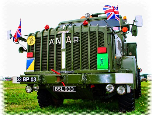 WOODVALE RALLY 2010 ~ MILITARY VEHICLES,UK : MIGHTY ANTAR!