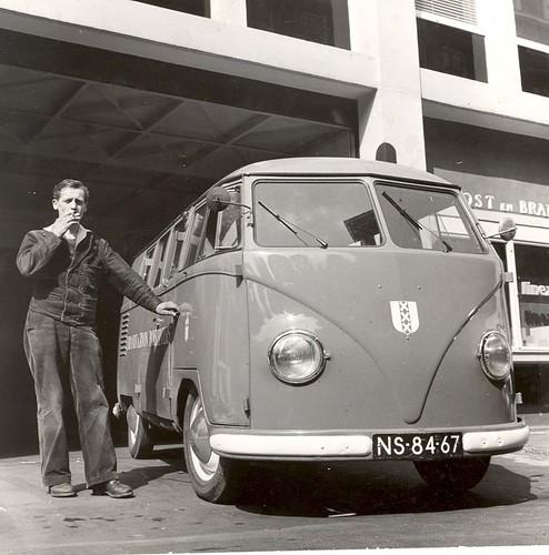 "NS-84-67 Volkswagen Transporter kombi 1954 • <a style=""font-size:0.8em;"" href=""http://www.flickr.com/photos/33170035@N02/4889660571/"" target=""_blank"">View on Flickr</a>"