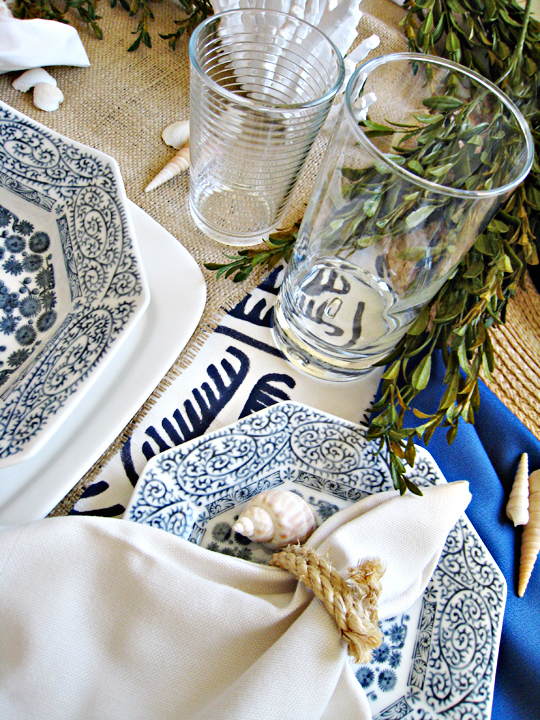 nautical table setting+DIY rope napkin rings+tabletop ideas