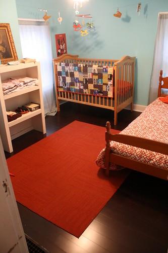 quilt on crib