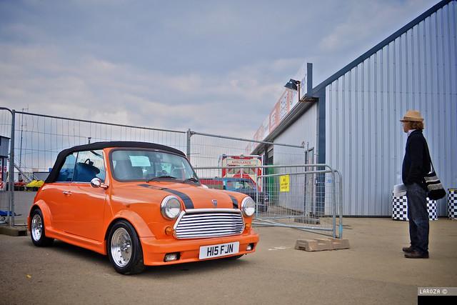 Orange Cabriolet