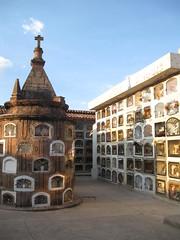 2010-4-peru-472-cuzco cementerio