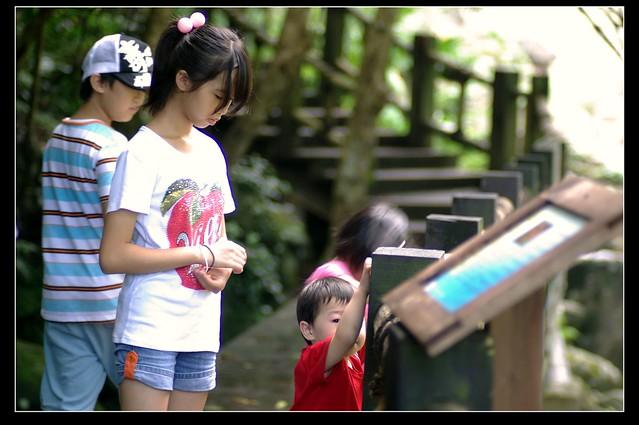 用pentax M85/2 追拍小孩