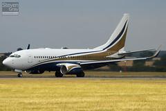 N737GG - 29136 - Mid East Jet - Boeing 737-74Q BBJ - Luton - 100802 - Steven Gray - IMG_0950