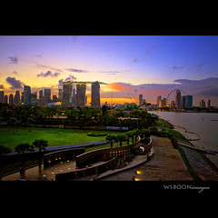 Sunset @ Singapore Marina Barrage (wsboon) Tags: city sunset sky urban skyline clouds river landscape nikon singapore cityscape cloudy singaporeriver nikon24120 marinabarrage singaporescene singaporenightscene platinumheartaward nikond700 nikkord700 flickraward nikkor2412