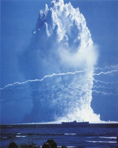 フリー写真素材, 社会・環境, 戦争・軍隊, 原子爆弾,
