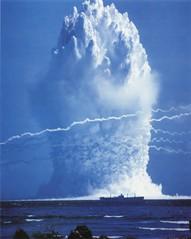 [フリー画像] 社会・環境, 戦争・軍隊, 原子爆弾, 201008302300