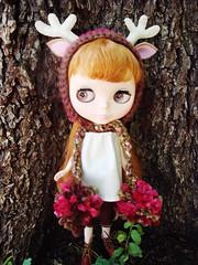 deer hat in flora