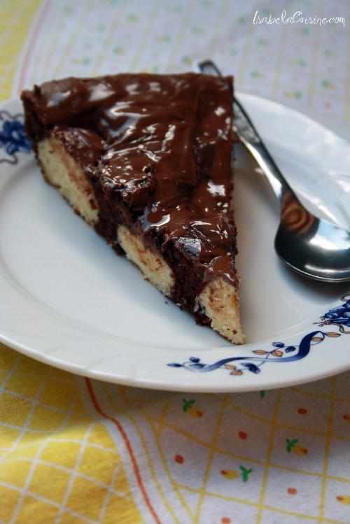 Articole culinare : Prajitura de ciocolata cu bile de branza si cocos