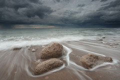 Whitburn (Alistair Bennett) Tags: sunset seascape evening coast rocks southshields darksky tynewear whitburn canonefs1022 gnd06he mordorskies