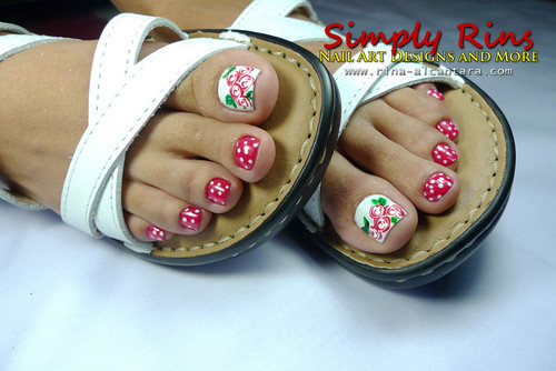 Valentine's Nail Art Bed of Roses 06