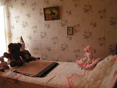 Child's Bed (grantavebc) Tags: senior ministry