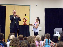 ys-srp-kick-off 004 (eg_library) Tags: magician summerreadingprogram eastgreenbushlibrary jimsnack