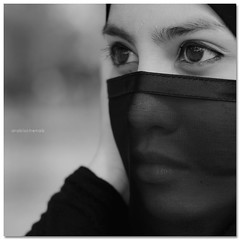 The Eye (arabischenab) Tags: hijab arab malay nikkor50mmf14d purdah nikond80