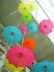 Umbrellas from the Ceiling (Si1very) Tags: texas hotels alicesadventuresinwonderland grapevine aliceinwonderland gaylord gaylordtexan gaylordhotel summerfestwonderlandadventure