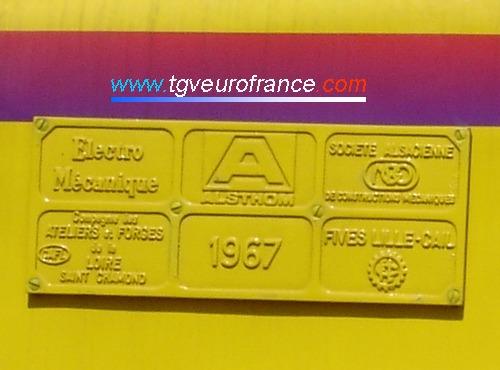 Vue de la plaque constructeur de la locomotive BB669276 (anciennement BB 66276)