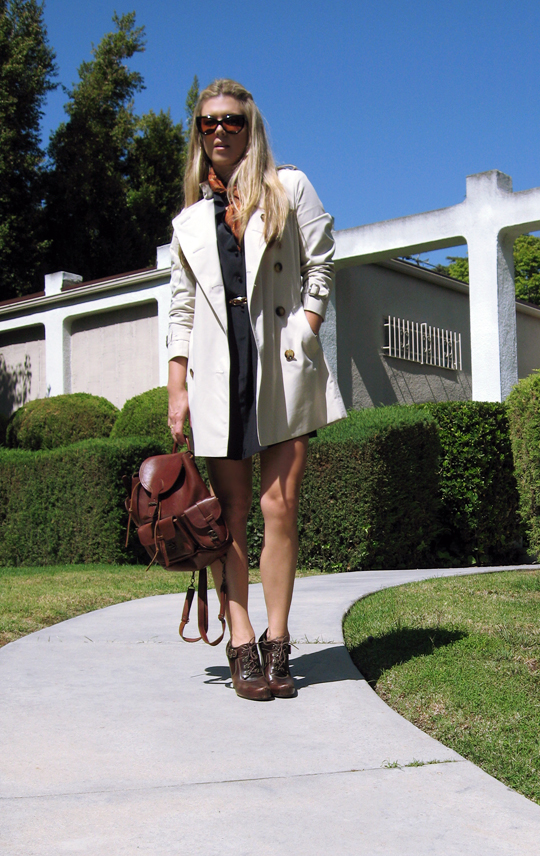 Burberry Trench Coat+Leather Backpack bag+Tom Ford Anouk cat eye sunglasses