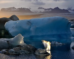Bright ice, blue ice (ystenes) Tags: lake mountains ice iceland lagoon iceberg 1001nights sland vestfirir blueice vatnajkull magiccity  jkulsarlon mygearandmepremium mygearandmebronze mygearandmesilver mygearandmegold mygearandmeplatinum mygearandmediamond