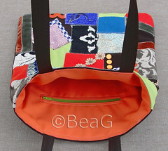 BeBENL bag (tas) nr. 10 (Made by BeaG) Tags: orange brown bag design handmade unique ribbon colourful scraps tas patchwork handbag oranje fabrics bruin kleurrijk crazypatchwork shoulderbag no10 handmadebag stoffen handtas ontwerp vintagefabrics beag uniek indiedesigner handgemaakt homemadebag lapjes indieartist vintageribbons schoudertas colorlful uniquebag designedandmadebybeag ontworpenengemaaktdoorbeag handgemaaktetas unieketas zelfgemaaktetas vintagestoffen bebenl vintagelint
