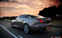Long wheelbase XJummy.. (Luuk van Kaathoven) Tags: sunset nikon long shot jaguar van portfolio 50 v8 tracking xj luuk wheelbase d80 luukvankaathovennl kaathoven