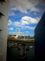 レインボーブリッジ (Nam2@7676) Tags: tokyo bokeh 日本 東京 iphone nam2 7676 iphone4 nam2at7676 ナムナム nam27676 中村康就 tiltshiftgen