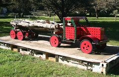 20100711_7292 Meanwhile....Down South in Tasmania (williewonker) Tags: truck australia victoria mansion werribee wyndham helenlempriere meanwhile mechano werribeepark downsouthintasmania bobjenyns helenlemprierenationalsculpturalaward nationalsculpturalaward mennaco