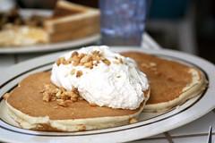 macadamia nut pancakes @ gazebo