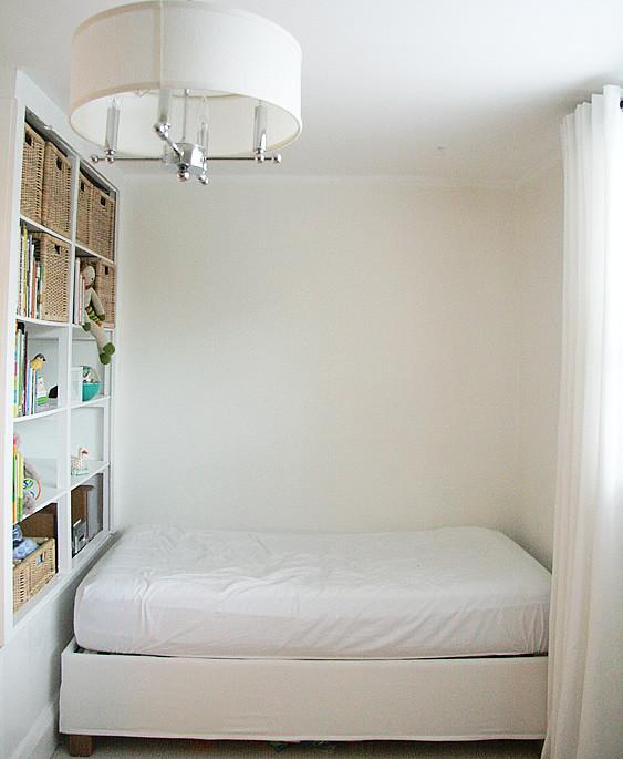 bedroom_north_wall