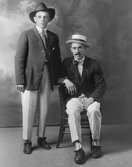 f_dhs_6387x (ricksoloway) Tags: vintagephotos foundphotos antiquephotos phototrouvee cochisecountyarizona menwearinghats