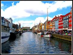 Nyhavn (Martina_Violetta) Tags: house water denmark restaurant nyhavn boat theatre copenaghen