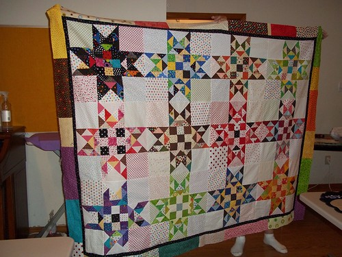 Dotty Stars blocks by Sewn together group