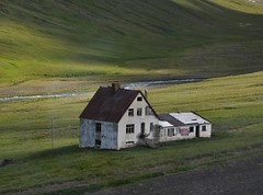 Abandoned Iceland house - 2010 (ystenes) Tags: house iceland 1001nights sland akureyri vestfirir magiccity xnadalsheii bakkasel mygearandmepremium mygearandmebronze mygearandmesilver mygearandmegold mygearandmeplatinum aboveandbeyondlevel1 flickrstruereflection1 aboveandbeyondlevel2 aboveandbeyondlevel3 rememberthatmomentlevel1 rememberthatmomentlevel2 rememberthatmomentlevel3