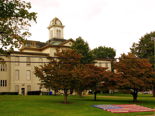Hamblen County Courthouse with flag