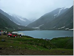 Jhail Saif Maluk~Pakistan~ ((s@jj@d)~`~DiL~AwAiZ~`~ Back) Tags: road blue pakistan sky white mountain lake snow black mountains colour green love nature water beautiful beauty asia time pakistani lover lovely syed kaghan nwfp pabbi saif shah landscap dil naran sajjad nowshera chirat mulak awaiz dilawaiz jheep jhail saifmulak