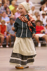 Young Basque Dancer (Jon C. Hodgson) Tags: girl festival kids children dance kid child dancers dancing dancer idaho boise basque dantza vascos neska haur dantzari dantzariak euskaldunak jaialdi haurrak bascos neskatila neskatxa neskato