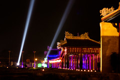 Hue Festival lights (.kim.e.) Tags: night canon temple 50mm lights colorful asia southeastasia glow citadel vietnam imperial hue 2010 imperialcity 450d huefestival