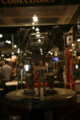 Products on Display (SideshowCollectibles) Tags: booth display avatar statues setup popculture comiccon sdcc sideshowcollectibles sandiegocomicconinternational maquettes polystone podiums ampsuit sdcc2010 sdcc10 scpodium2010 scpodium28