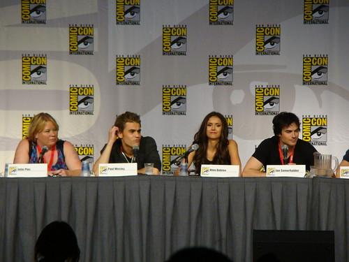 Julie Plec, Paul Wesley, Nina Dobrev & Ian Somerhalder