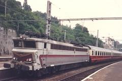 SNCF=~0098a Zoom su