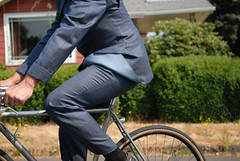 Tony Pereira's bespoke cycling suit-14